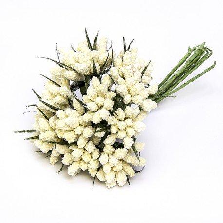 Decorar Regalos con Flores de Papel